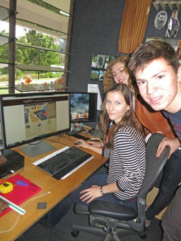 Students log on to EWPAA web site